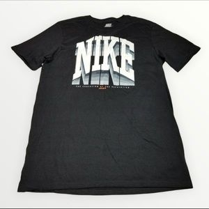 Nike Men's T-shirt.